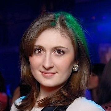 Ксения, 25, Omsk, Russia