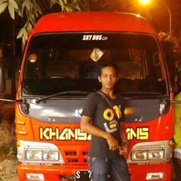 Arief Berpetualang, 31, Surabaya, Indonesia