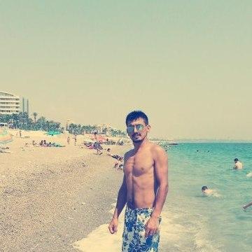 Hasan Çetinkaya, 29, Istanbul, Turkey