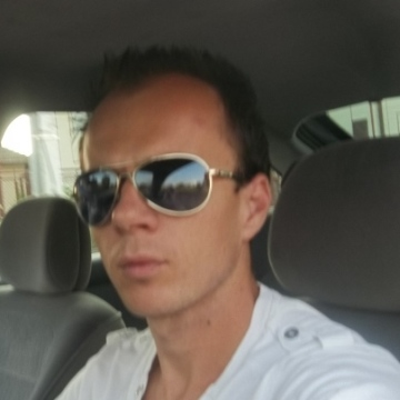 Cristian Greties, 33, Noisiel, France