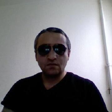 Alexsandre Isergishvili, 41, Lyons, France