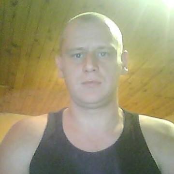 Fanuel Tenret, 35, Charleroi, Belgium