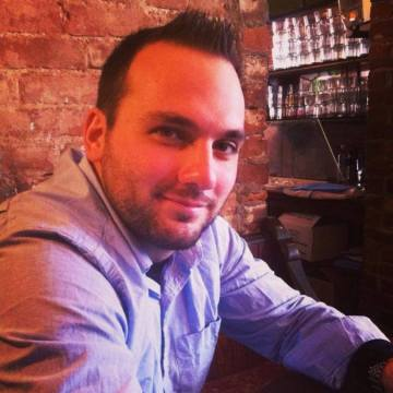 lee, 30, Manchester, United Kingdom