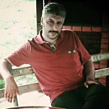 Selçuk Yildiz, 33, Kocaeli, Turkey