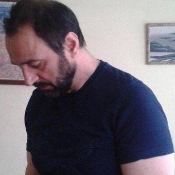 Mete Demiray, 47, Izmir, Turkey