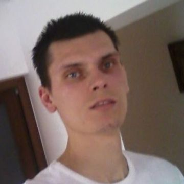 Petro George, 26, Navodari, Romania
