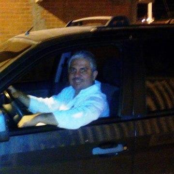 Juan Carlos Echeverry , 48, Cali, Colombia