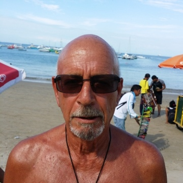 Dan Burns, 73, Guayaquil, Ecuador