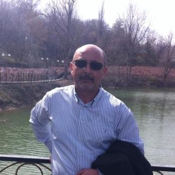 Moris, 56, London, United States