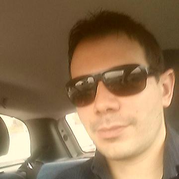 Fabio Davidson, 35, Milano, Italy