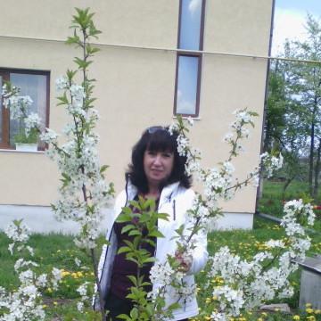 Марія, 58, Chernivtsi, Ukraine