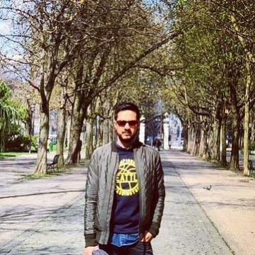 Henry, 34, Barcelona, Spain