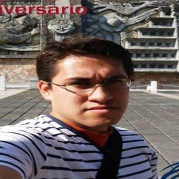 Carlos León Miranda, 31, Veracruz, Mexico