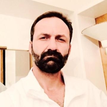 İbrahim, 44, Izmir, Turkey