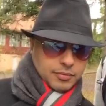Nasser, 32, Kuwait City, Kuwait