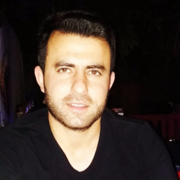 Önder, 28, Izmir, Turkey