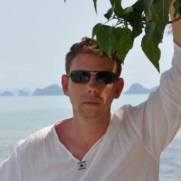 Sergey, 32, Saint Petersburg, Russia