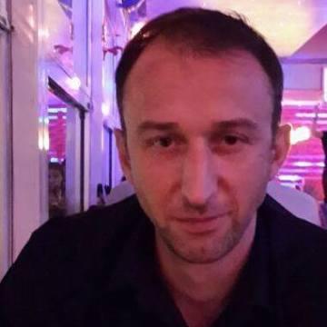 Harun Erdem, 35, Denizli, Turkey