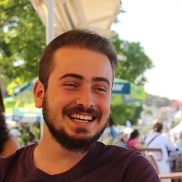 Erdi, 26, Istanbul, Turkey