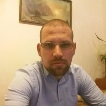 Ömer Şeker, 33, Kiev, Ukraine
