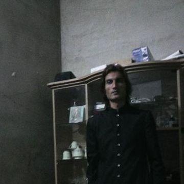 Adnan Khan, 36, Dubai, United Arab Emirates