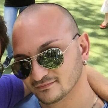 Emiliano Macchia, 33, Guidonia, Italy