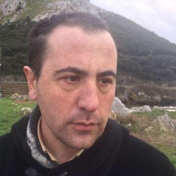 Carlos López González, 35, Bilbao, Spain