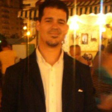 Jose Manuel Fernandez Flores, 35, Sevilla, Spain