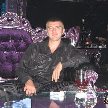 Oleg Ryshkov, 35, Volgograd, Russia