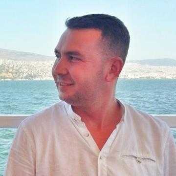 Eren Güneş, 28, Izmir, Turkey