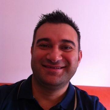 Stefano Schisani, 45, L'aquila, Italy
