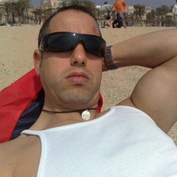 marcos, 38, Barcelona, Spain