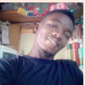 gabby, 29, Kumasi, Ghana