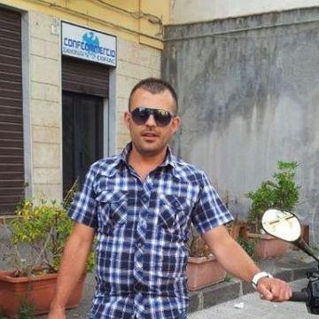 Massimiliano Santangelo, 38, Siracusa, Italy