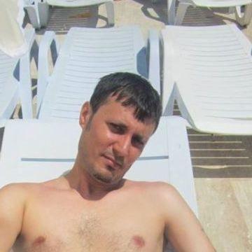 umut, 30, Istanbul, Turkey