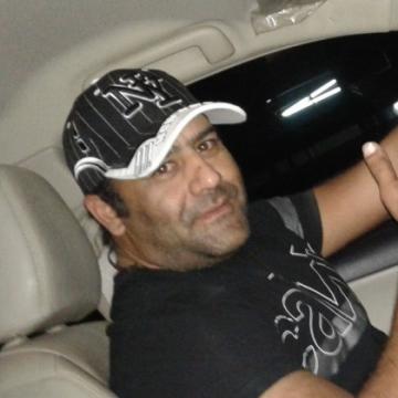 Mirza Kashif, 36, Sharjah, United Arab Emirates