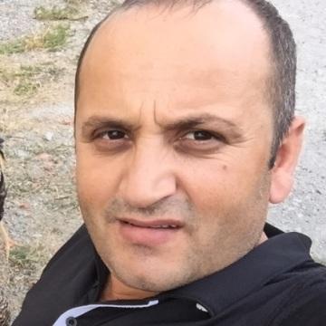 Gürkan, 41, Istanbul, Turkey