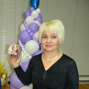 Вышкова  Марина, 52, Kirovsk, Russia