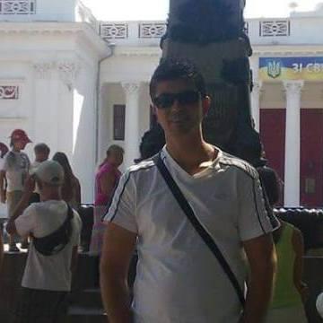 Ayhan Kırkan, 43, Istanbul, Turkey