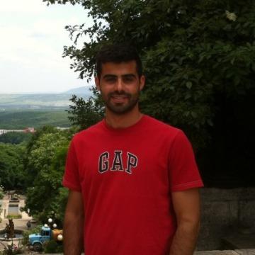 javier, 28, Madrid, Spain