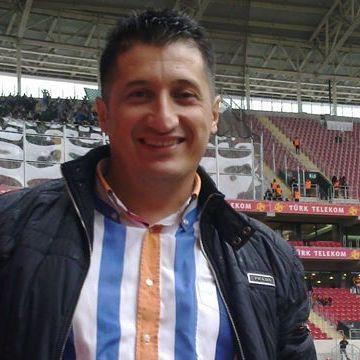 Hakkı Saracoglu, 43, Istanbul, Turkey