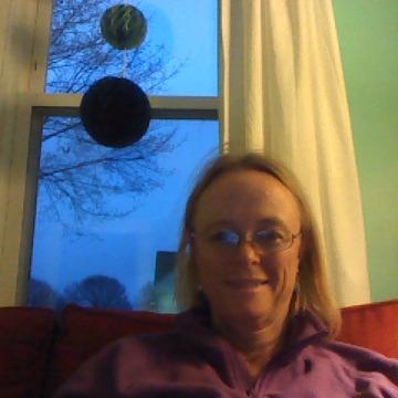 Sara, 56, Portland, United States