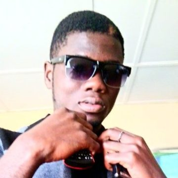 James, 25, Lome, Togo