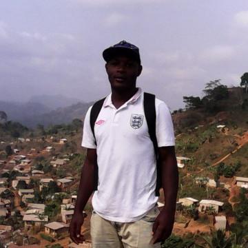 régis arnaud, 23, Yaounde, Cameroon