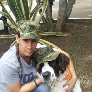 camilo carog, 31, Medellin, Colombia