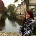 Victoria, 31, Paris, France