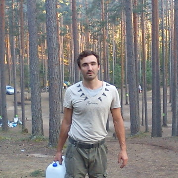 Pavel, 35, Saint Petersburg, Russia