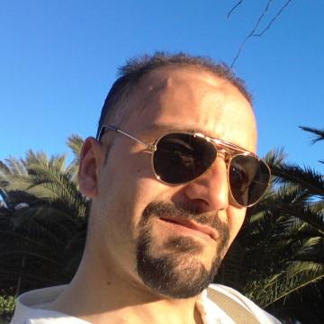 Rasid, 32, Getafe, Spain