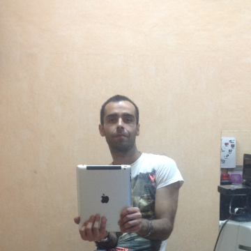 saeed, 37, Istanbul, Turkey