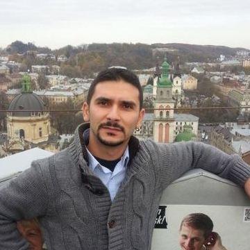 Ahmet, 30, Izmir, Turkey